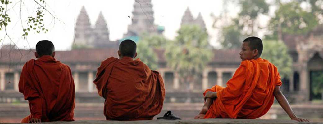US$15 Awesome 1 Day Group Angkor wat Tour