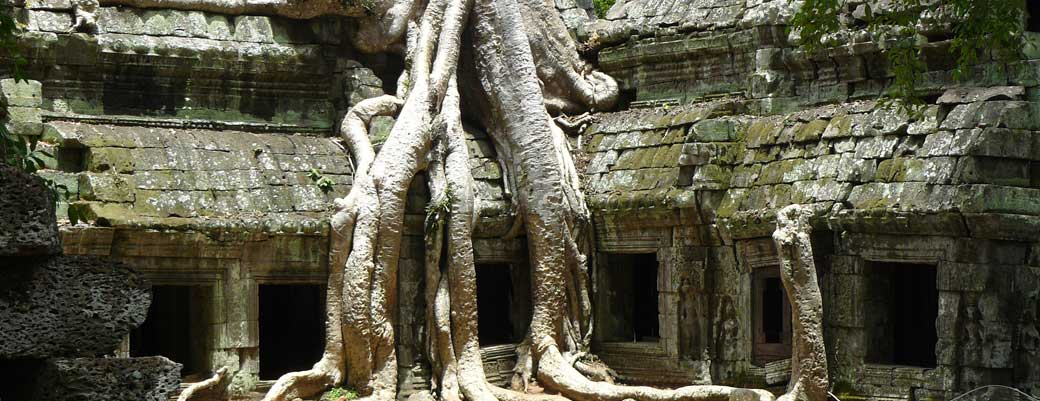 US$205 2 Day Angkor Wat Tour and Floating Village